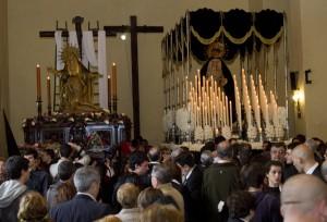 El Descendimiento, en el interior del templo. (Julián Pérez).