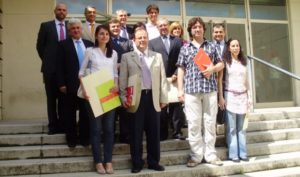 Foto de familia de los galardonados con los Premios Cátedra AIQB.