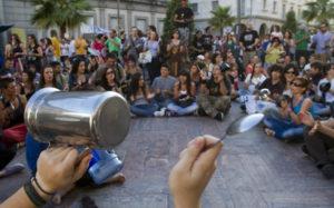 Cacerolada de Democracia Real Ya en Huelva. (Julián Pérez).