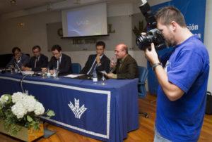 Mesa redonda sobre la libertad de prensa. (Julián Pérez)