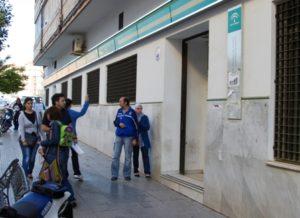 Fachada de la oficina en Muñoz de Vargas. (Foto: Julián Pérez)