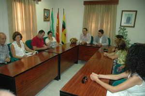 El alcalde de Jabugo y miembros de la cúpula del PSOE.