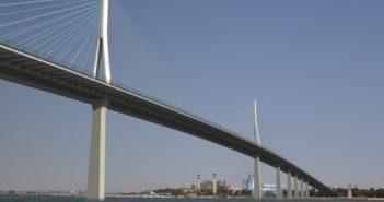 Imagen virtual de los puentes a Punta Umbría prometidos por Chaves en 2007.