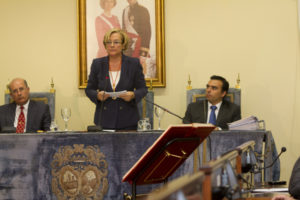 Petronila Guerrero durante su discurso de investidura. (Foto: Julián Pérez)