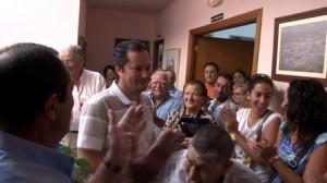 """Manifestación """"espontánea"""" de apoyo al alcalde de Higuera tras su detención."""