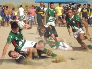 Torneo de rugby-playa en Punta Umbría. (María Teresa Doctor)
