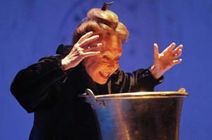 Gemma Cuervo en el papel de Celestina.