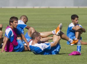 El Recre continúa con los entrenamientos a pesar de la amenaza de huelga. (Julián Pérez)