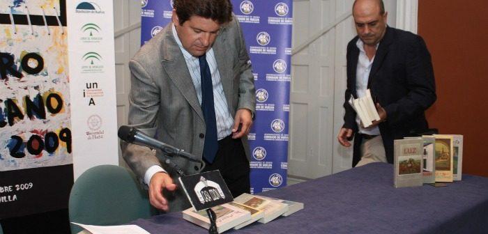 Juan Serrato, ex alcalde de Gibraleón, en un acto en la Casa Colón. (D. V.)