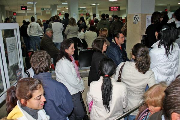 Hoac huelva desempleo en huelva mayo 2012 for Oficina del paro murcia