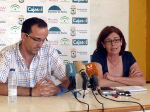 Gabi Carrasco y Rosa Espada, entrenador y presidenta del CB Conquero.