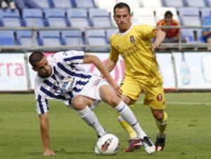 Borja Granero, en un partido ante el Cartagena. (J. Pérez)