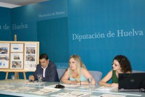 La diputada de Bienestar Social de la Diputación, Rocío Cárdenas, como el delegado provincial de la Consejería de Educación, Vicente Zarza, y la alcaldesa de Paterna, Rocío Álvarez.