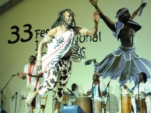 Una de las actuaciones en el Festival de Danzas de Villablanca.