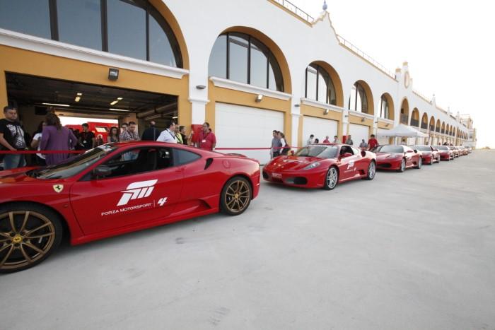 Circuito Monteblanco : El sueño de conducir los mejores deportivos se hace realidad en el