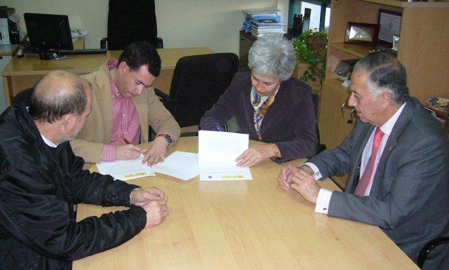 La seguridad social reabrir su oficina en cortegana for Oficinas seguridad social