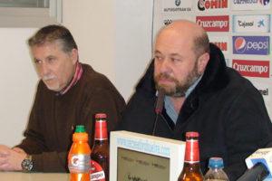 Pablo Comas, presidente del Recreativo junto a José Luis Martín.
