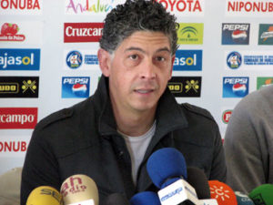Santisteban, entrenador de porteros del Recreativo.