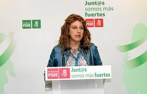 Cinta Castillo en rueda de prensa.