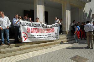 Protesta de la plataforma en defensa de la Justicia.