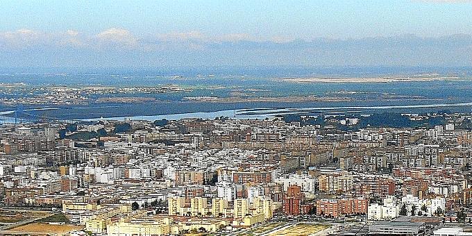 local fecha facial en Huelva