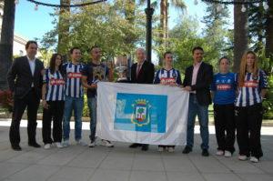 Recepción del Ayuntamiento de Huelva al Recreativo IES La Orden.