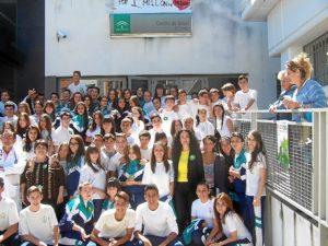 Alumnos participantes en el flashmob.
