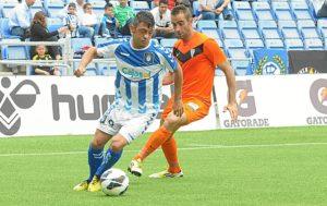 Jonathan Valle perseguido por Alberto Aguilar. (Espínola)