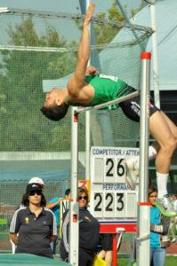 Miguel Ángel Sancho en salto de altura.