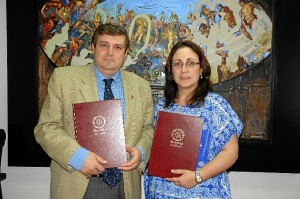 El rector y la alcaldesa de Riotinto.