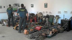 Material expuesto por la Guardia Civil para ser reconocido por los afectados por robos.