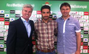 Chuli, nuevo futbolista del Betis.