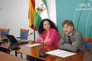 La delegada de Salud y el delegado del Gobierno presentan la nueva opción para ver y obtener la historia clínica.