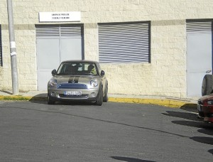 El coche cuya situación denuncia el CSIF.