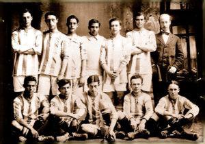 Equipo del Recreativo de Huelva en 1889.