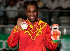 Kelvin de la Nieve, oro en los Juegos del Mediterráneo.