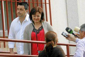 Momento en el que Ruth Ortiz llega al juzgado. (Madero Cubero)