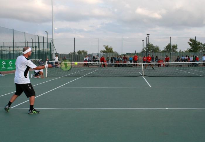 Circuito Tenis : Isaac garcía se impone en el master final del circuito de