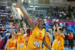 Cindy Lima, campeona de Europa de baloncesto.
