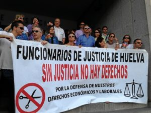 Concentración de trabajadores de la Justicia en Huelva este miércoles