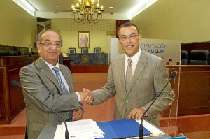 El rector de la UNIA y el presidente de la Diputación de Huelva.