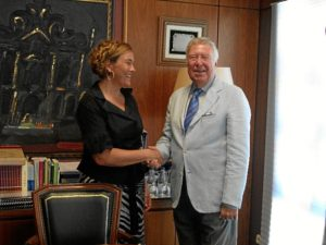 La directora de la UNIA en La Rábida y el presidente de la Fundación Caja Rural del Sur.