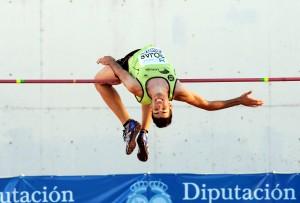 Salto de altura en el Meeting Iberoamericano. (Espínola)