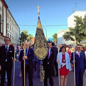 Salida procesional de la imagen de la Buena Madre de los Maristas en Huelva.