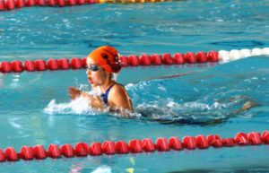 Alba Vázquez, nadadora onubense.
