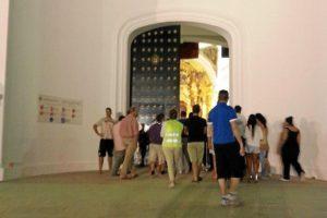 La reapertura de la ermita se produjo poco después de las tres de la madrugada. (@diariorociero
