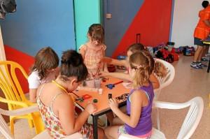 Niños en una de las actividades de los campamentos de verano.