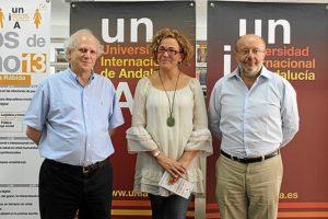 La directora de la UNIA en La Rábida junto a Malamud y García Casas.