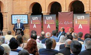 Gabilondo pronuncia la conferencia de apertura de los cursos.