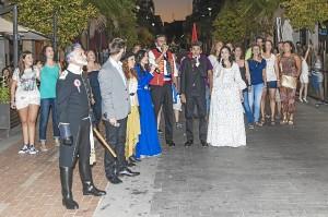 'Aperitivo' de la representación en la Gran Vía de Huelva.